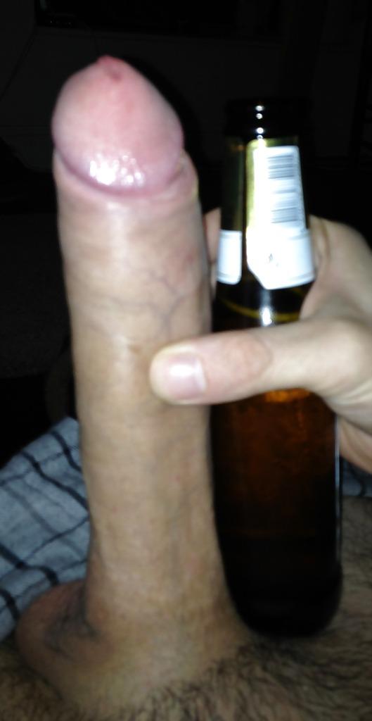 фото бутылка на пенисе